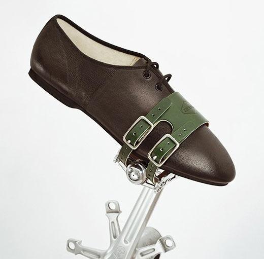 patebury-leather-bicycle-pedal-straps.jpg
