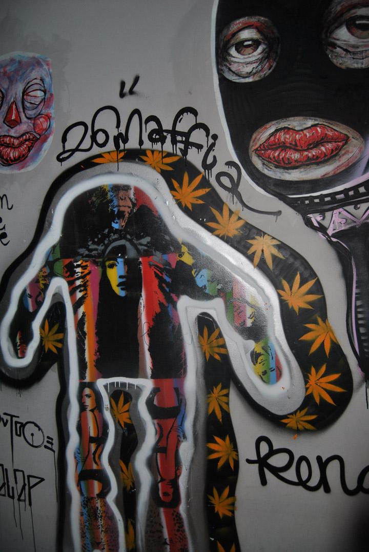 a-street-art-te-vagy-super8-22.jpg