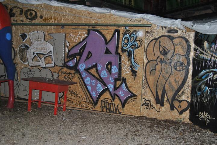 a-street-art-te-vagy-super8-33.jpg