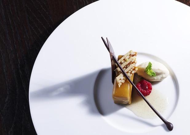 Fél év alatt leehető a világ összes legjobb étterme és mehetünk a Titanicra - Burzsuj á la carte