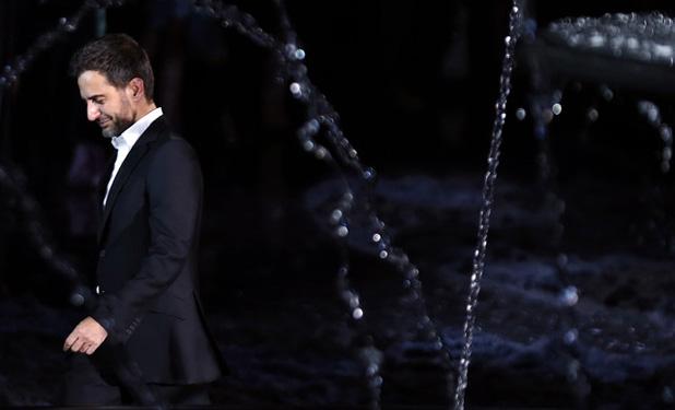 Nem megy messzire Marc Jacobs a Louis Vuittontól