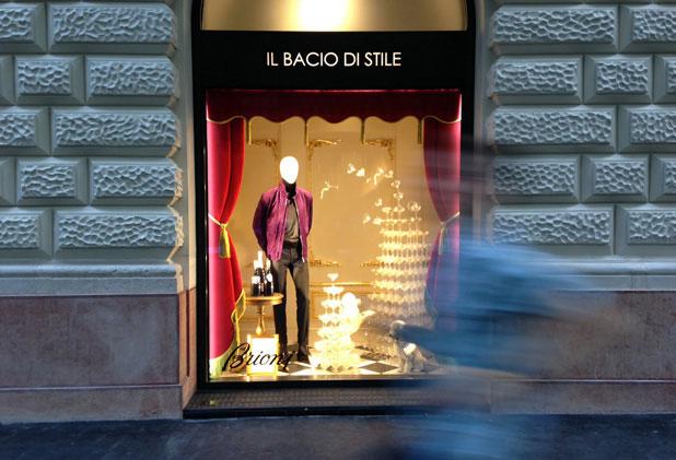 Jegyzet: Egy luxuspláza margójára – il Bacio di Stile