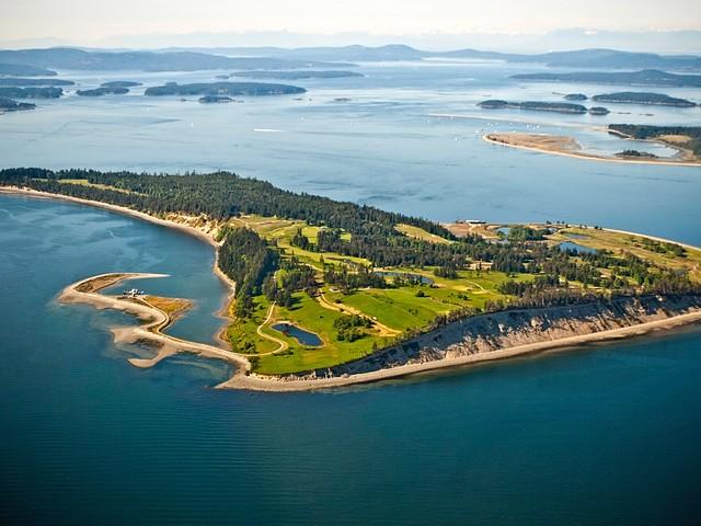 Vegyél golfpályát! Most jár hozzá egy sziget is!