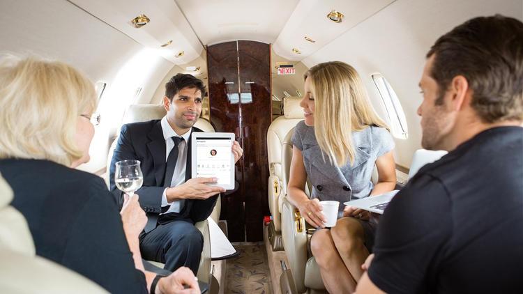 la-fi-tn-facebook-for-rich-people-20140915-001.jpeg