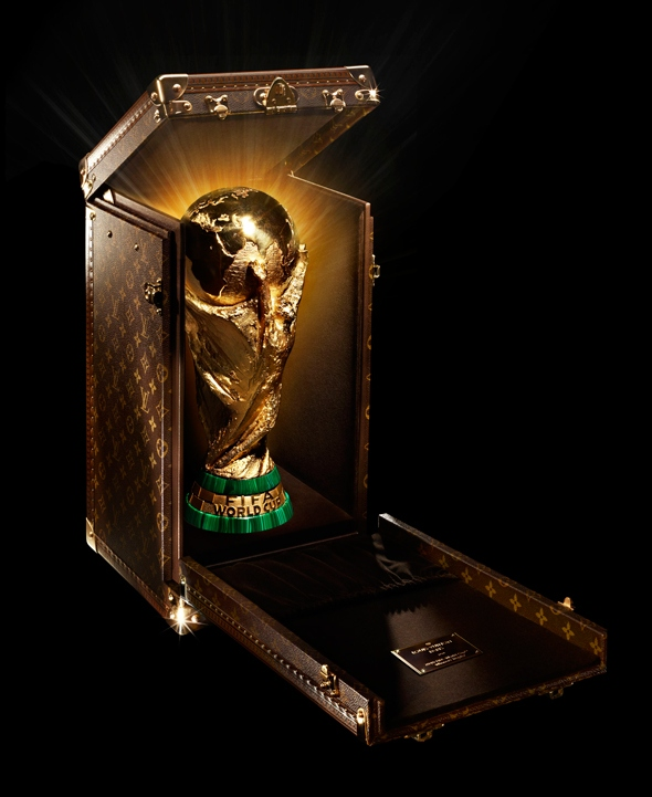 louis-vuitton-fifa-world-cup01.jpg