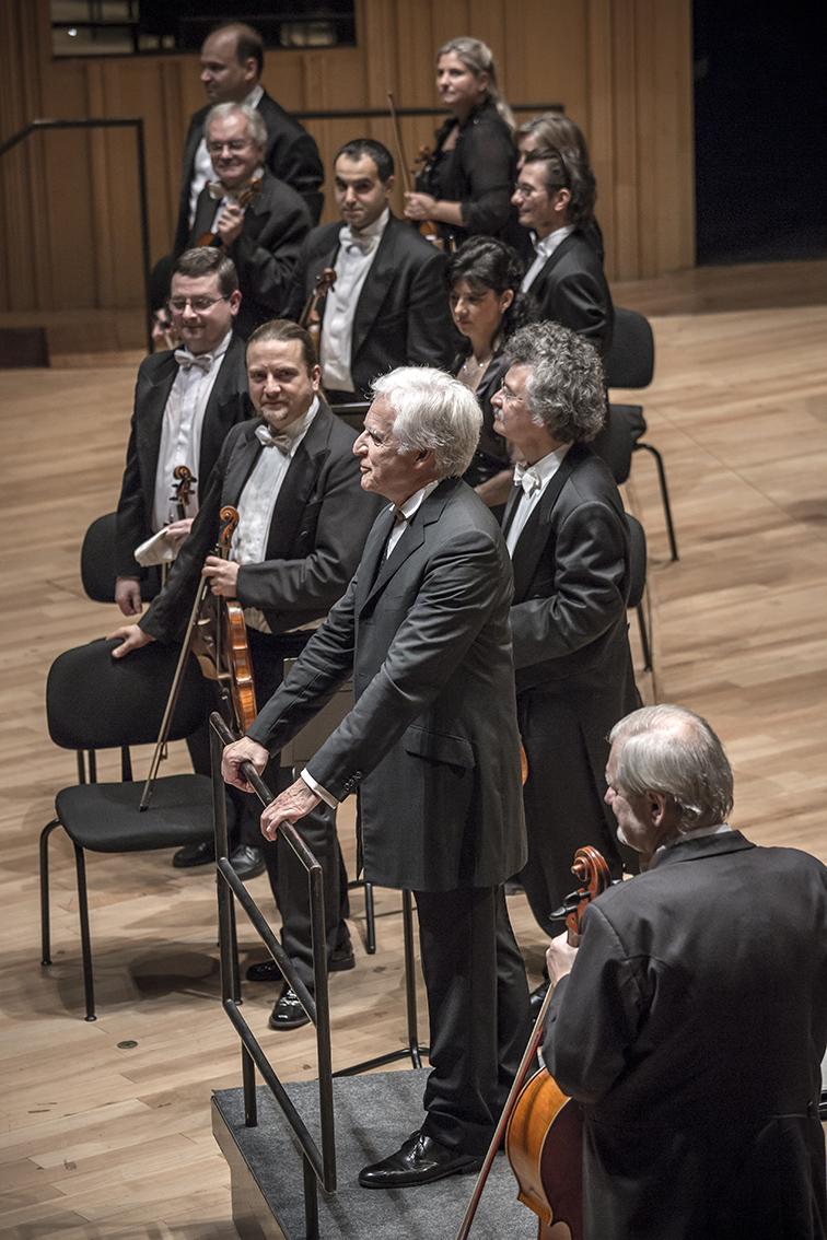Gilbert Varga és a Nemzeti Filharmonikusok © Kotschy Gábor