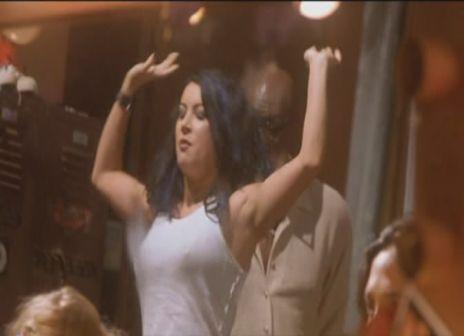 Jennifer_Tilly-Dancing_at_the_Blue_Iguana-1.jpg