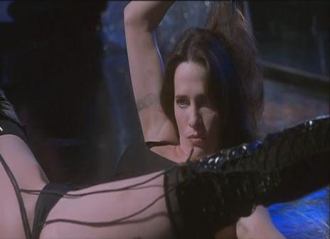 Shiela_Kelly-Dancing_at_the_Blue_Iguana-2.jpg