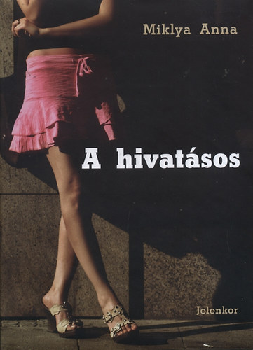 miklya_anna_a_hivatasos_borito.JPG