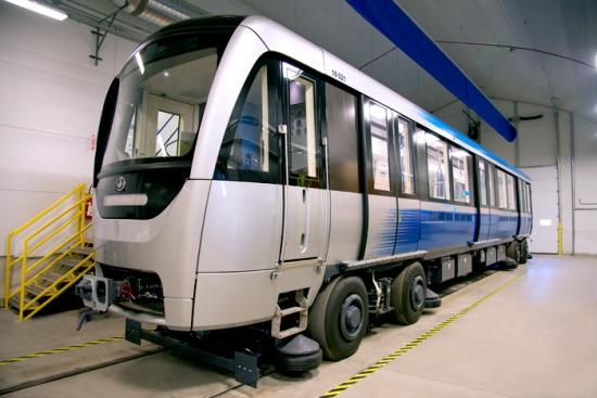 montreal_metro_azur1.jpg