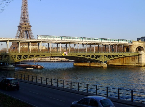 parizs_birhakeim_ma.jpg