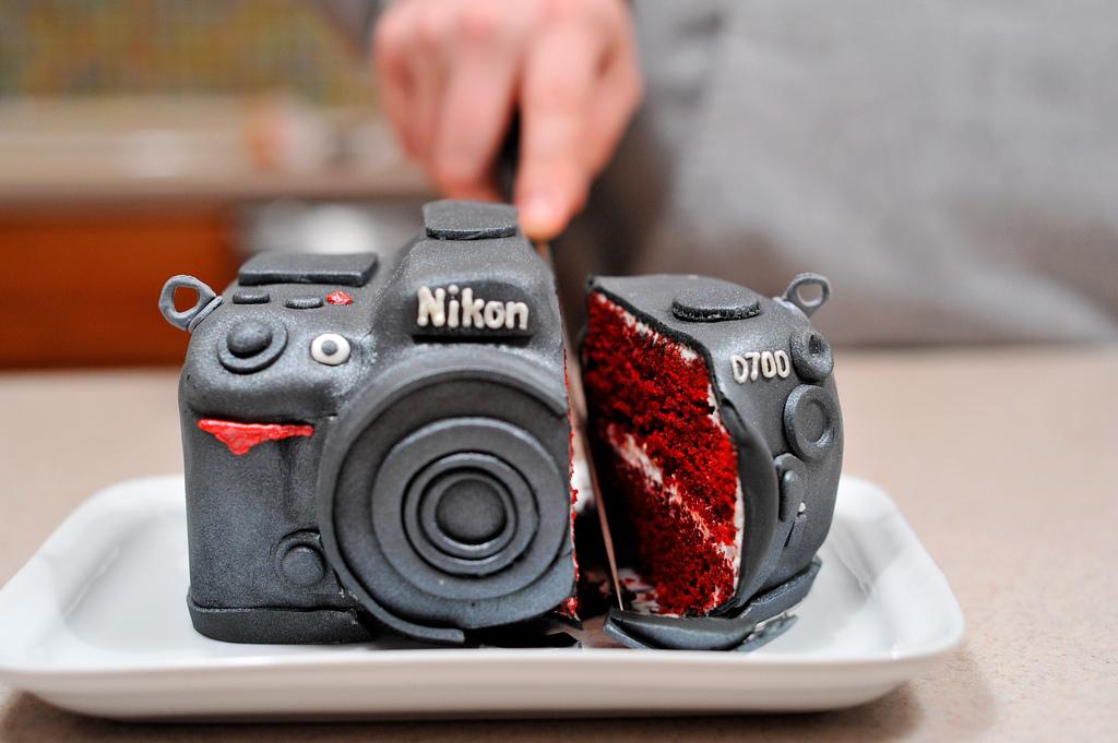 nikon_cake.jpg