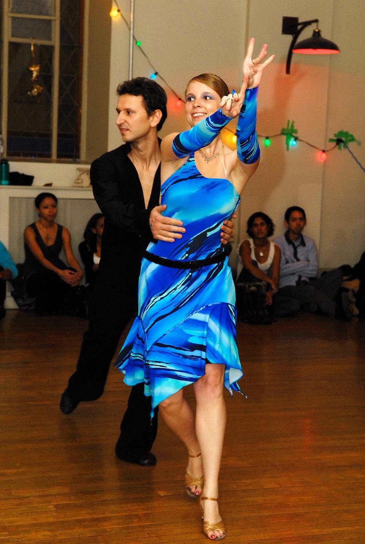 Szegedy_Balazs_salsa_kisebb.jpg
