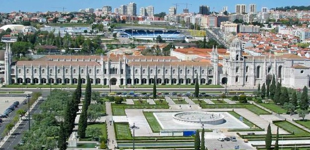http://m.cdn.blog.hu/cs/csurtus/image/Lisszabon1/Lisboa_jeronimos_small.jpg