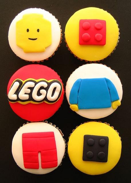 LEGO cupcake.jpg