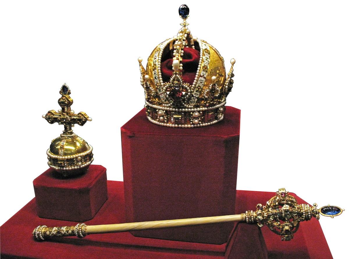 Az osztrák koronázási jelvények