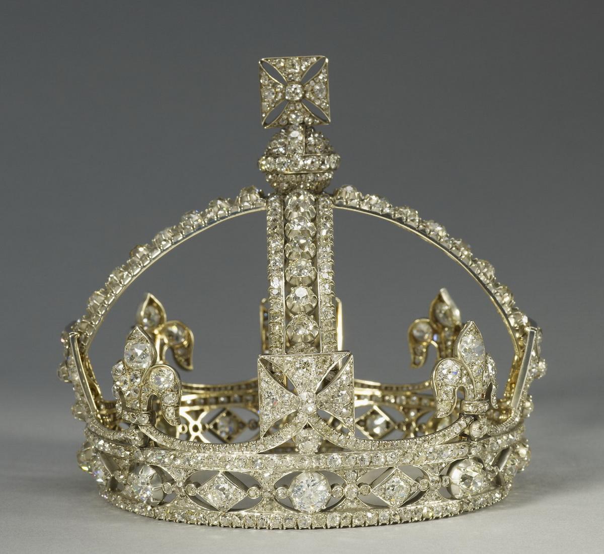 Small Diamond Crown of Queen Victoria