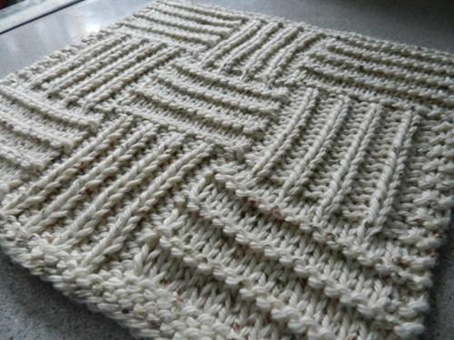 M Dishcloth Knitting Pattern : Inspiracio - DoRLa design - kezimunkaink
