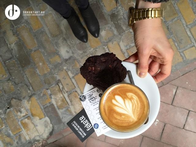 drkuktartbudapestcoffeetour22fekete.jpg
