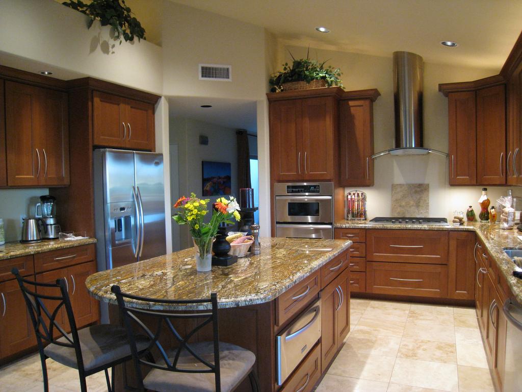 Modern konyhabútorok napjainkban: színek és formák tökéletes ...