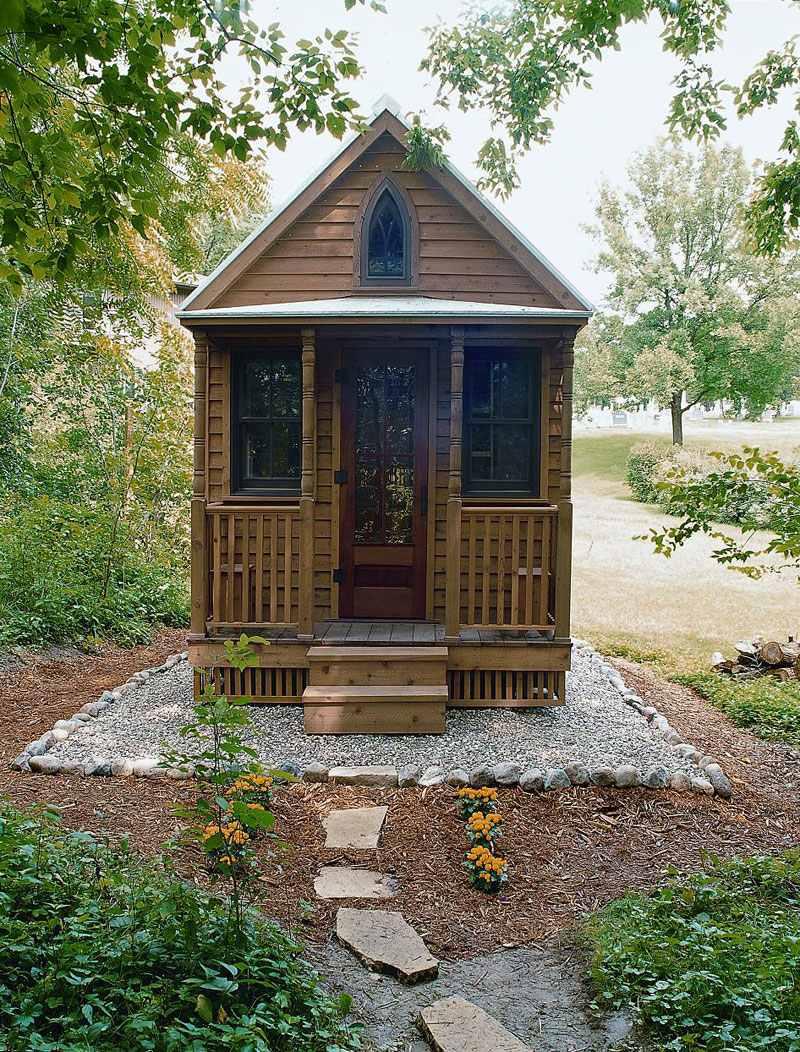 Miniház az erdőben