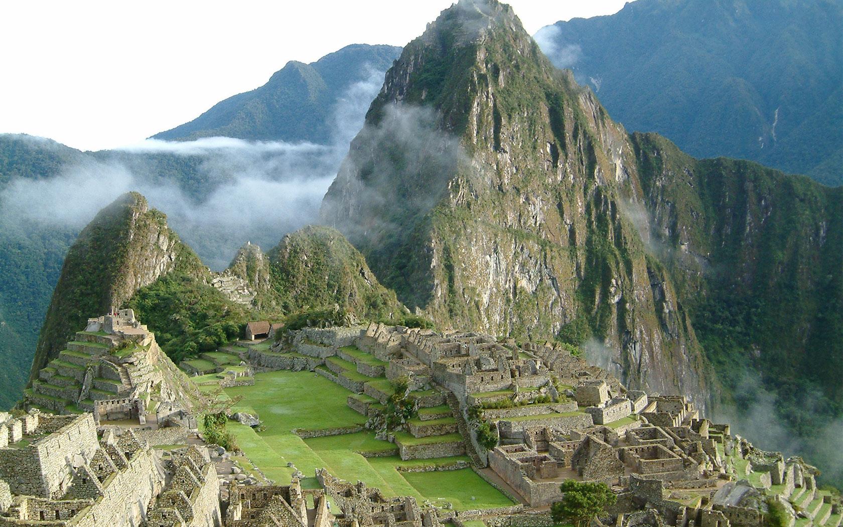 mxcpPeru_Machu_Picchu_1680-1050.jpg