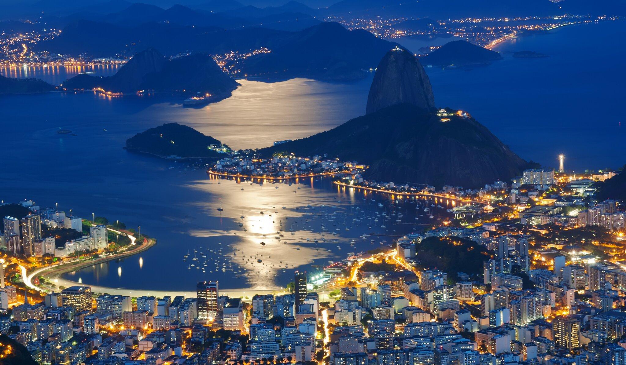 brazil_rio_ejszaka_magasbol_asztakurva_twitter.jpeg