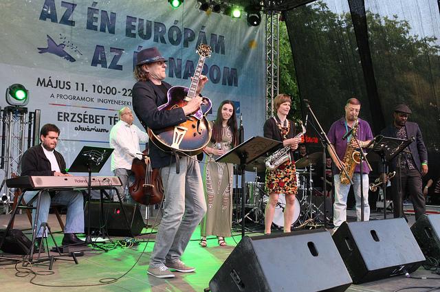 """Az """"EU Jazz Express"""" keretében neves európai jazz-zenészek adnak koncertet."""