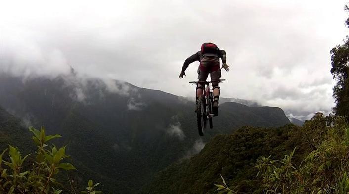 extremesportok_blog_video_base_halalugras.JPG