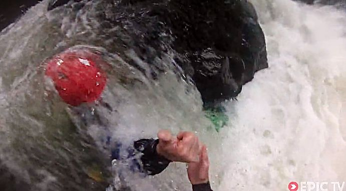 kajakos_baleset_rafting_vadvizi_video_extreme_sportok_blog.jpg