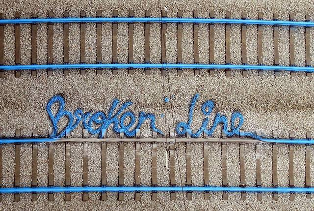 broken line.jpg