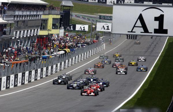 F1 AustrianGP Start02_r600.jpg