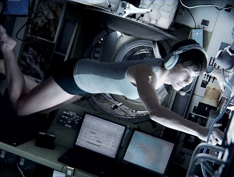 Sandra-Bullock-in-Gravity-2013-Movie-Image.jpg