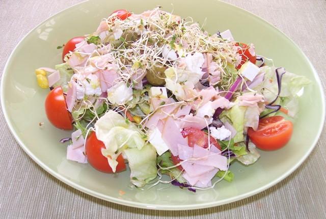 szines-salata.jpg
