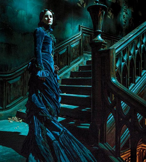 crimson-peak-images-jessica-chastain.jpeg