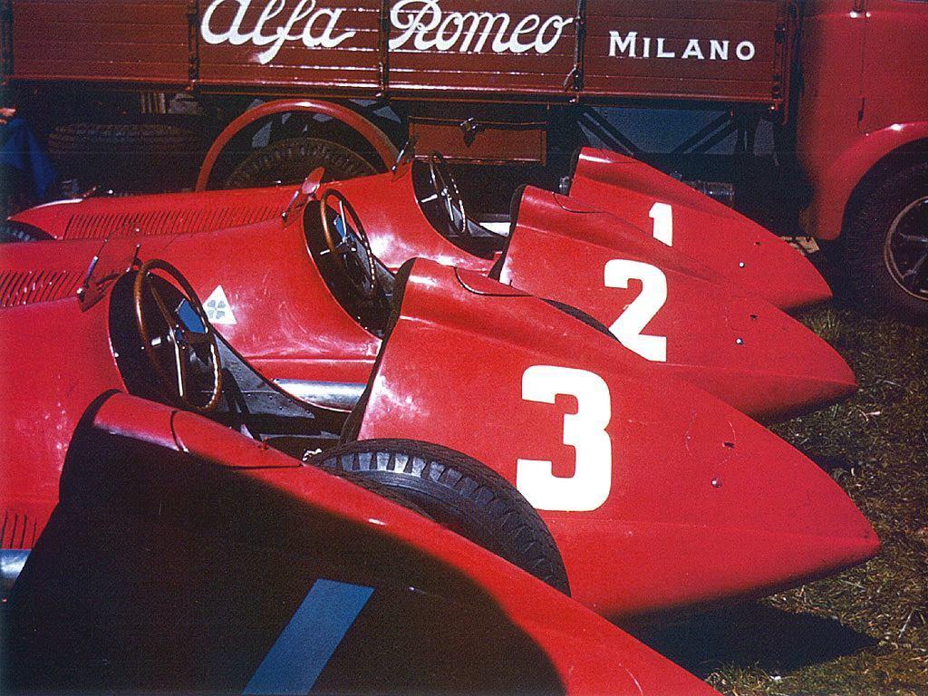 1950_british_gp_-_alfa-romeo_t.jpg