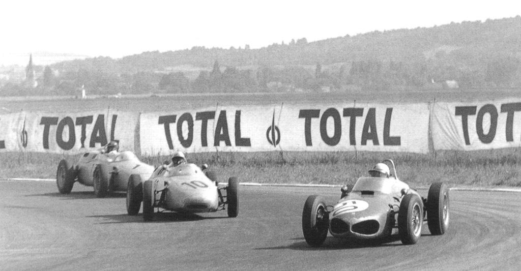 1961 french gp - giancarlo baghetti (ferrari), jo bonnier, dan gurney (porsche).jpg
