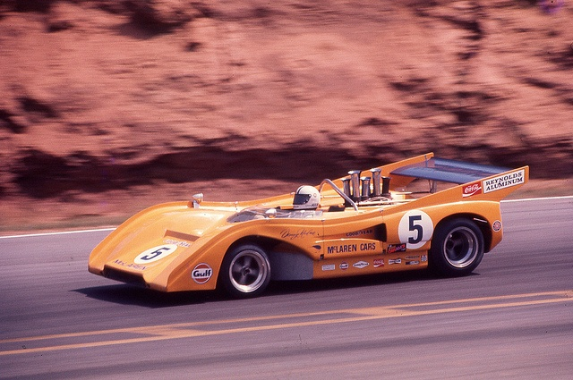 mclarenm8f_hulme_roadatlanta_1971.jpg