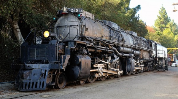 mozdony3.jpg