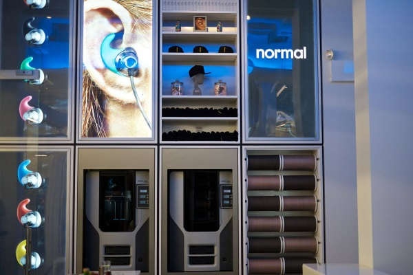 normal-ny-store-3d-printed-earbud-shop-7.jpg