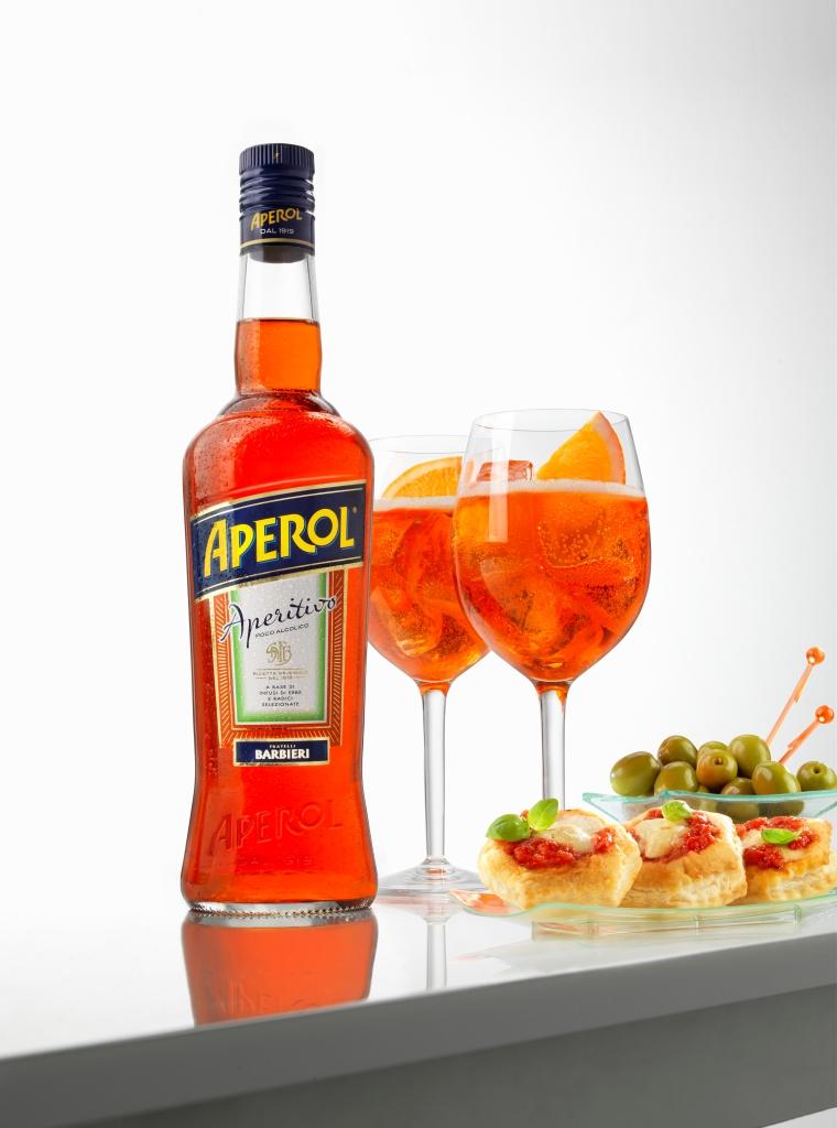 Aperol_Spritz and Food.jpg
