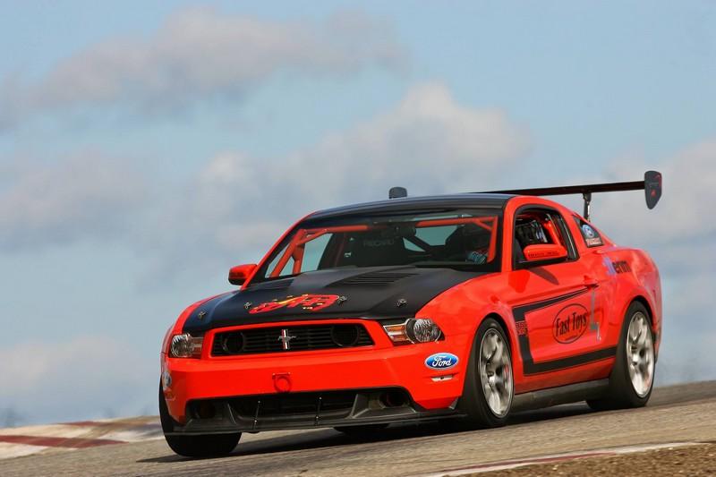 Ford Mustang Boss 302S (versenyautó)