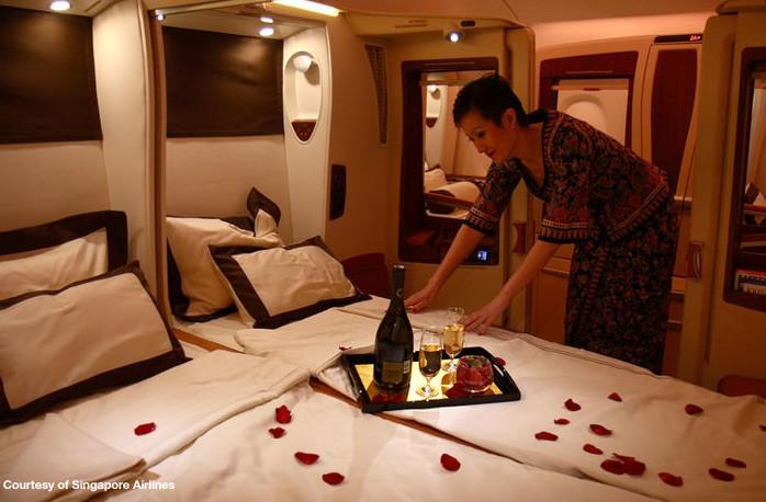 Singapore-A380-Suites-Class.jpg