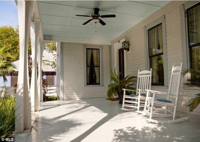 veranda.jpg