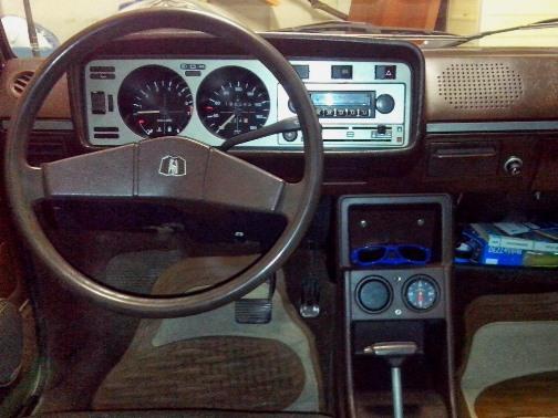 Golf 140411 rádióval.jpg