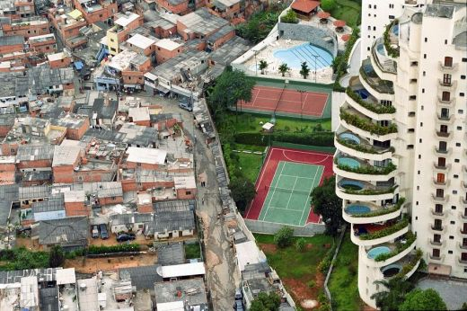 http://m.cdn.blog.hu/gr/greenr/image/%C3%89hez%C5%91k%20viadala/rich.house9658.jpg