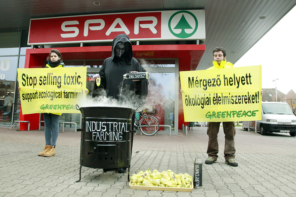 spar_greenpeace_2.jpg