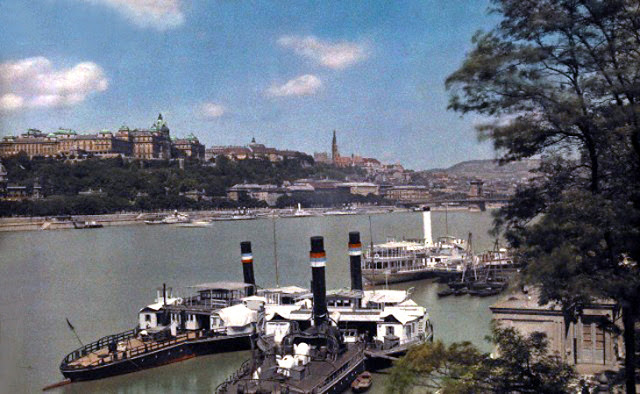 Beautiful Color Photos of Hungary in The Early of 1930s (14).jpg