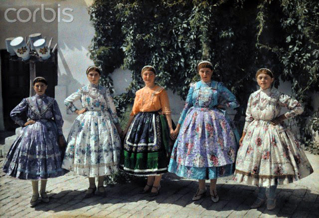 Beautiful Color Photos of Hungary in The Early of 1930s (4).jpg