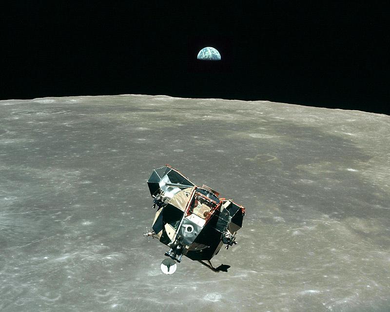 Apollo_11[1].jpg